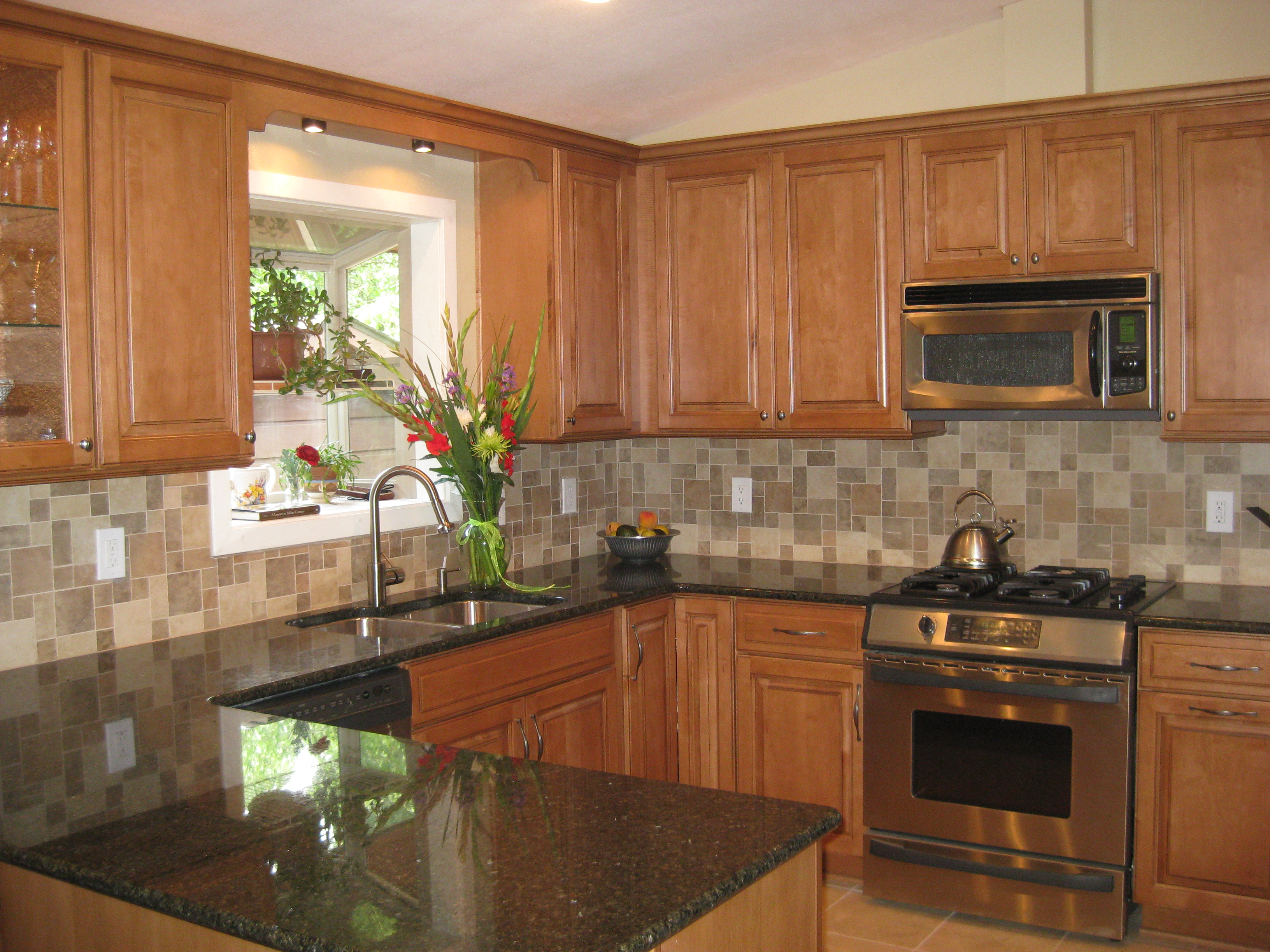 R & D Kitchen 2009 | Alex Freddi Construction, LLC. on Granite Countertops With Maple Cabinets  id=79673