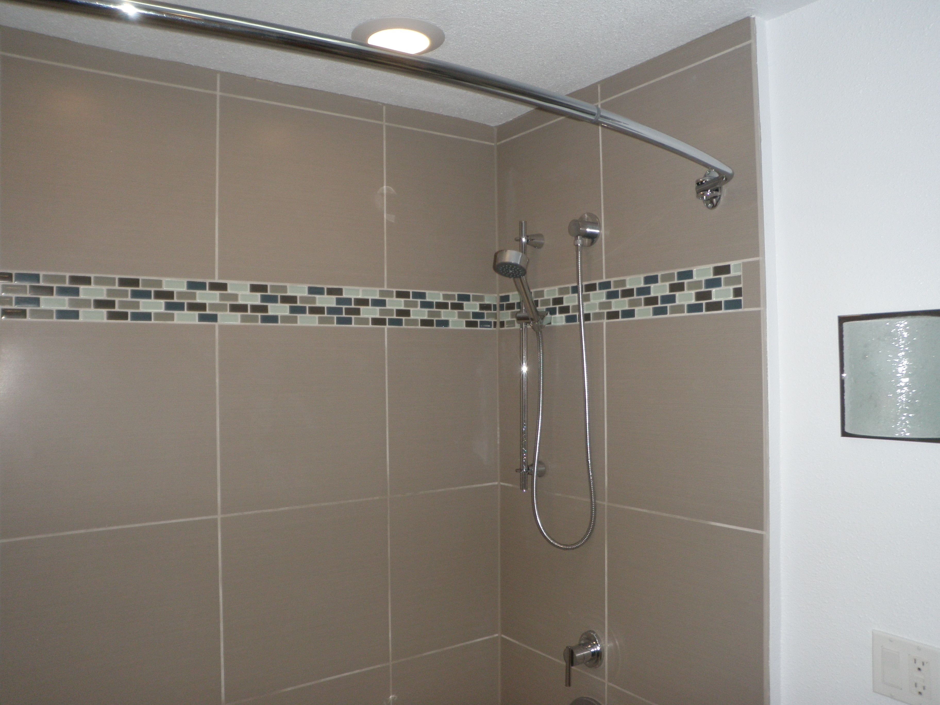 Curved Shower Rods Are Becoming More Popular, Particularly Where The Space  Inside The Tub Area Is Limited. These Types Of Rods Are Not Spring Loaded  Like ...