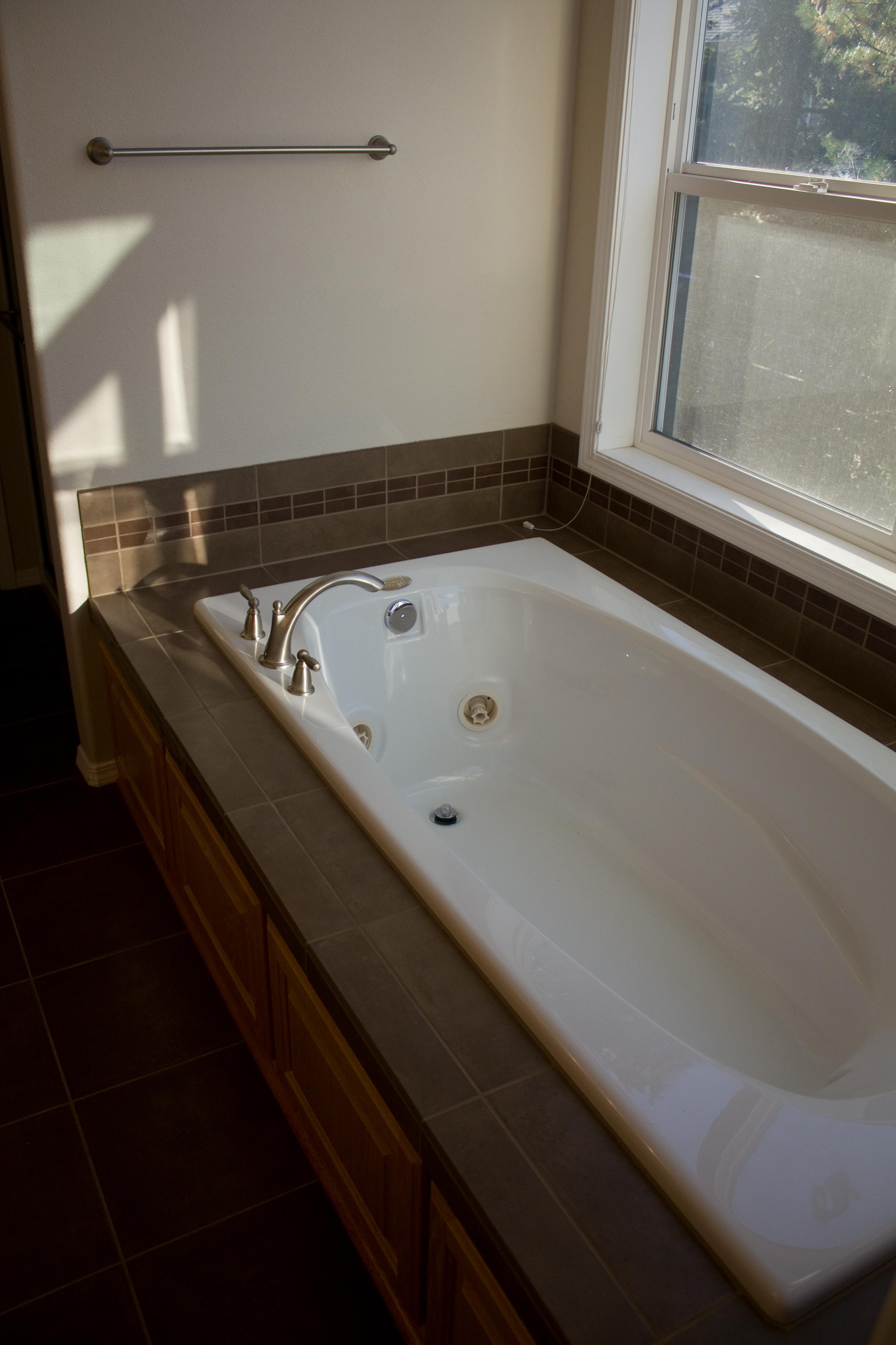 Drop in tub alex freddi construction llc for Bathtub styles